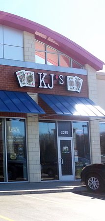 Hoffman Estates, IL: front of & entrance to KJ's Bistro