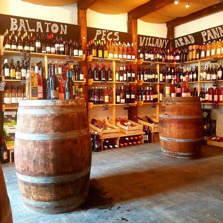 Borháló Nyugati Wine Store