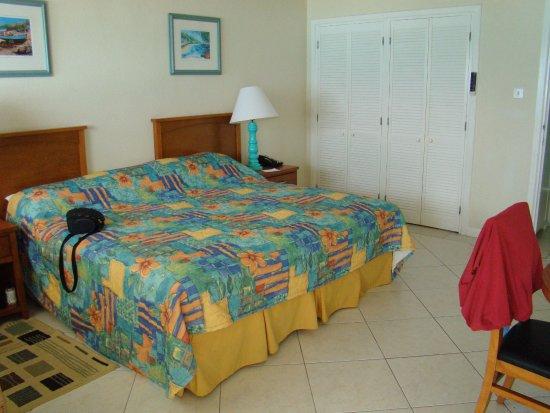 Worthing, Barbados: Standard Room but very clean
