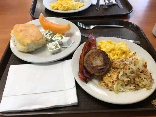 Oakwood, GA: Generous portions