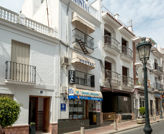 Hostal dianes inn reviews price comparison nerja spain tripadvisor - Restaurante puerta del mar nerja ...