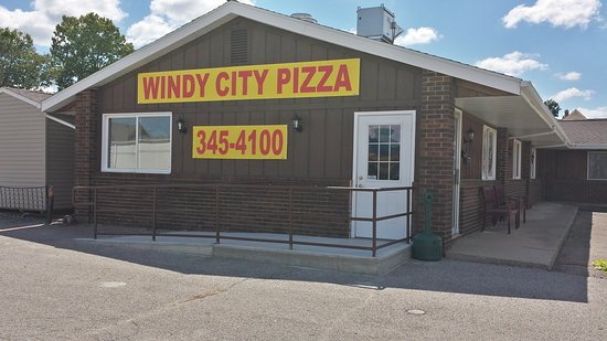 Charleston, IL: Windy City Pizza