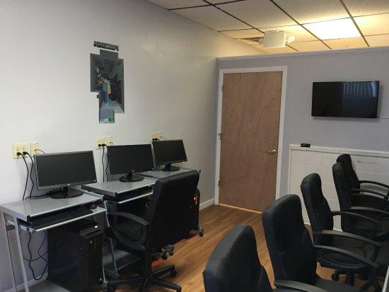Plainville, ماساتشوستس: Computer room