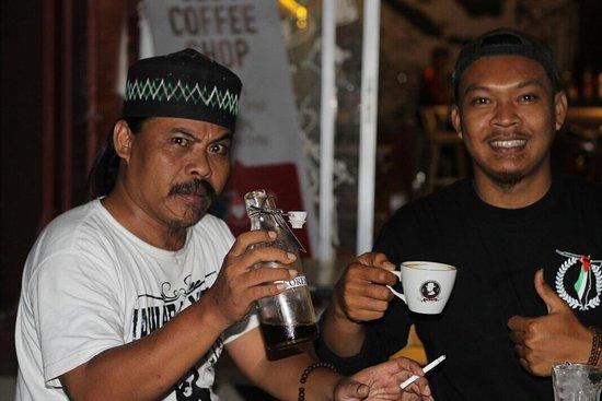 Cilegon, Indonesien: Specialty coffee  Aneka kopi arabica nusantara  latte capuccinno