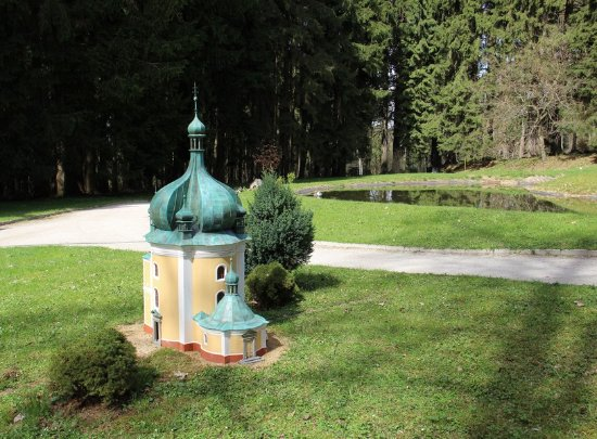 Marianske Lazne, República Checa: Lomeček.....kostel z okolí mého domova