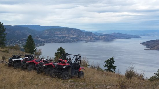 Peachland, Canadá: Great views with Okanagan ATV Tours