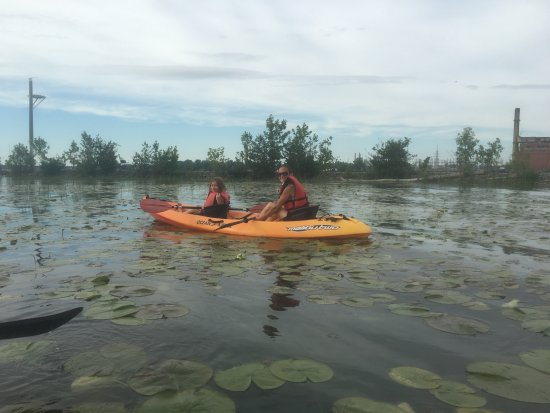 Grand Island, NY: Kayaking in the East River Marsh