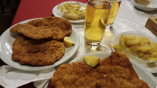 Photo of German Restaurant Schnitzelwirt at Neubaugasse 52, Vienna 1070, Austria
