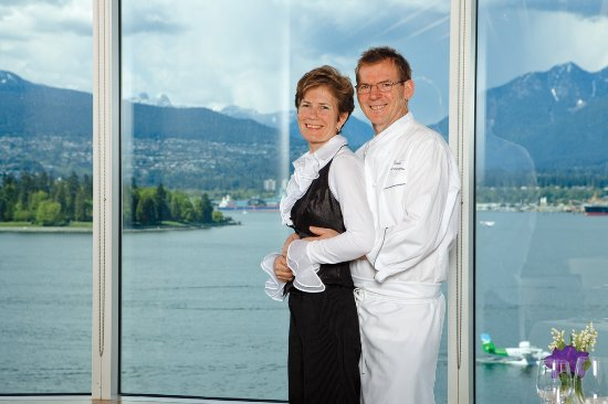 Five Sails Restaurant: Proprietors with a passion for excellence!  Husband & wife team Gerry Sayers & Chef Ernst Dorfle