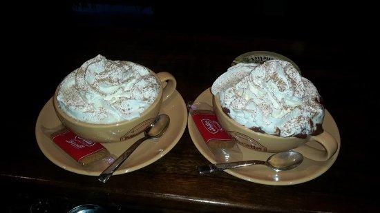 Bolotana, Italia: Cioccolata con le amiche