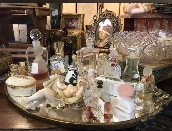 Copper Rooster Antiques & Gifts