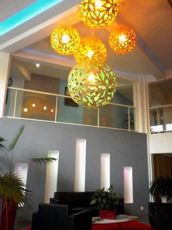 Hotel Beaurivage: entrée de l'hôtel accueil
