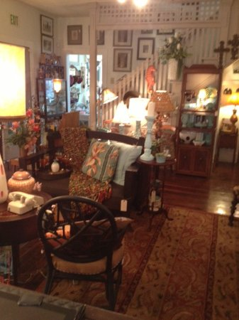 Tavares, FL: this room rotates seasonally for holidays and different events