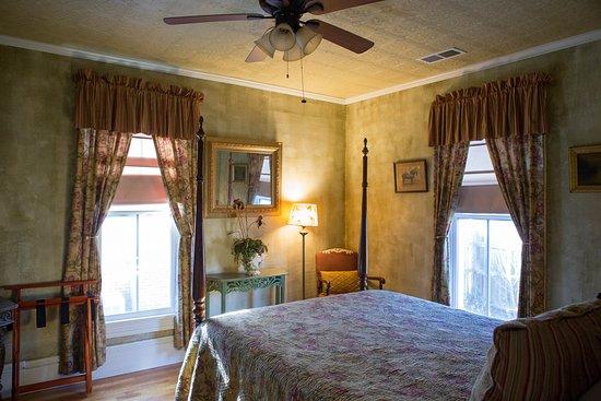 Gate City, VA: Deanna Rose Room