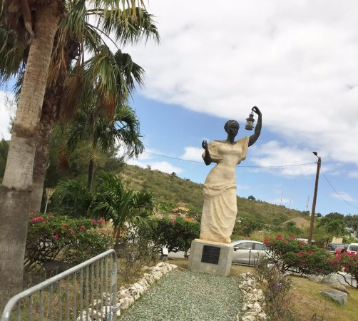 Diederick SXM Tours: Lady Liberty in St Martin