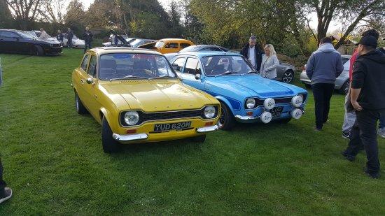 Classic Car Meet Picture Of Harte Magpies Pub Amersham - Classic car meets near me