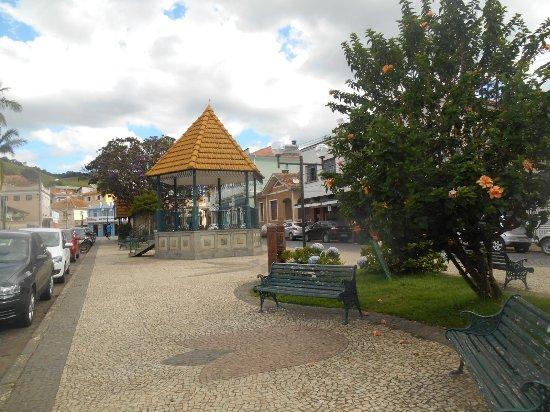 Cristina, MG: Praça com coreto
