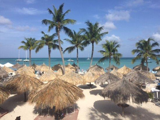 Playa Linda Beach Resort : Woke up to this view every morning