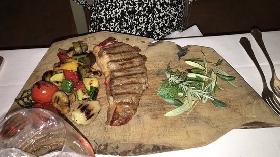 Gavorrano, Italy: carne local