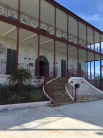 Sandys Parish, Bermuda: Commissioner's House at top of hill