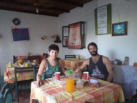 Hostal de los Poetas: Desayunando