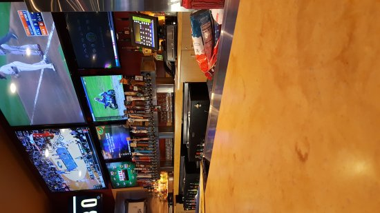 Decatur, AL: Lots of tv's