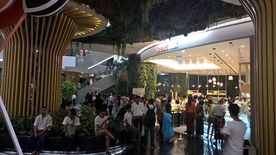Junction Square, Yangon : Inside Mall