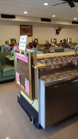 New Market, VA: Interior restaurante-sorvetes