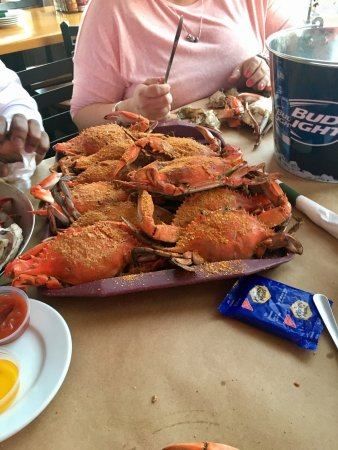 Buddy's Crabs and Ribs: photo0.jpg