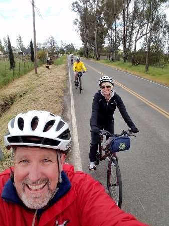 Sonoma Valley Bike Tours & Rentals: Little traffic, mostly flat roads