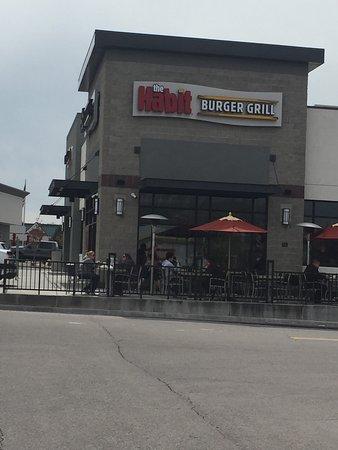 American Fork, UT: The Habit Burger Grill