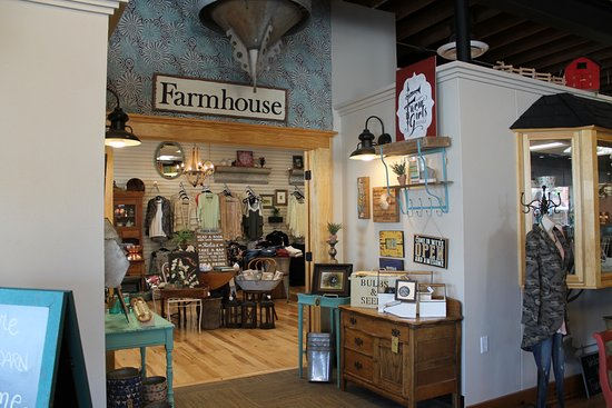Farm Girls Boutique