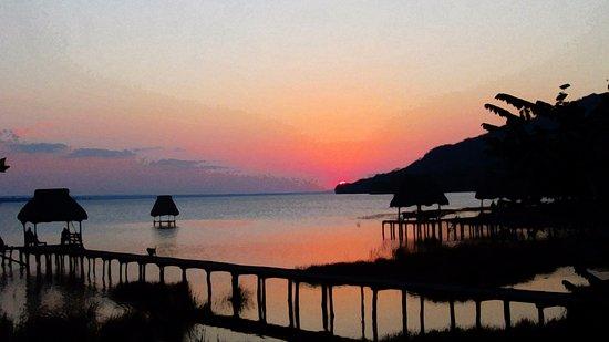 Sunset scnerey in El Remate on Way To Las Orquideas.