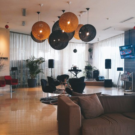 Grand Zuri Padang Hotel: Pemandangan seperti inilah yang akan And lihat saat pertama kali masuk dalam hotel
