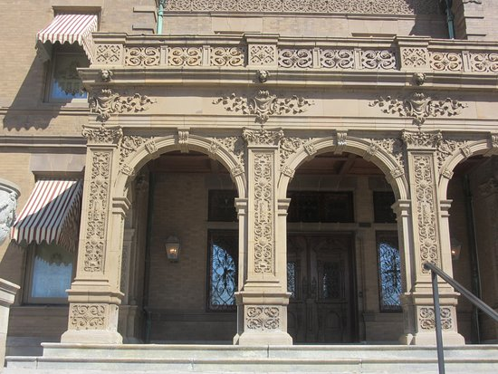 Pabst Mansion Exterior - Front Porch