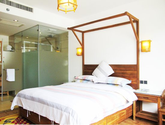 Guanshanyue Honeymoon Mansion: 阁楼春秋房