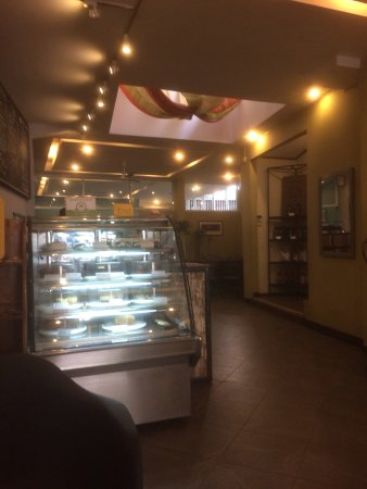 Common Grounds Cafe and Bakery: Common Grounds Cafe: clean, friendly, scrumptious.