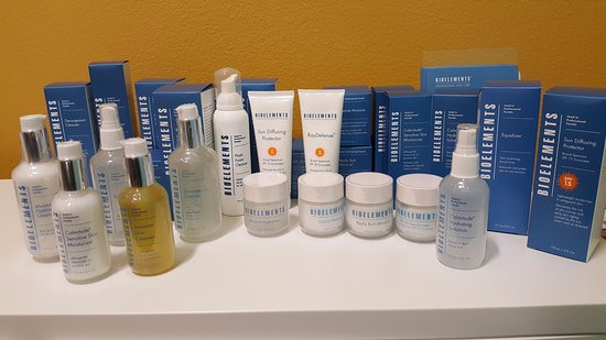 Murrieta, Californien: Featuring Bioelements skin care products
