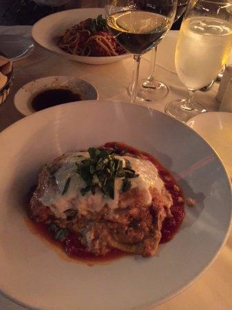 Vigilucci's Ristorante Coronado: Lasagna