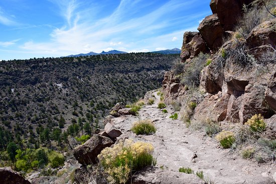 Los Alamos, NM: Path and view from the top