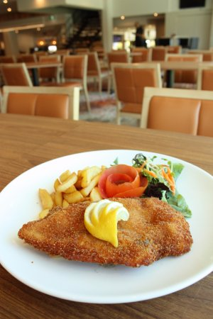 Pennant Hills, Австралия: $10 Schnitzels every Wednesday night