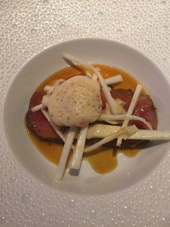 La Becasse: wunderbares Rindfleisch mit Spargel