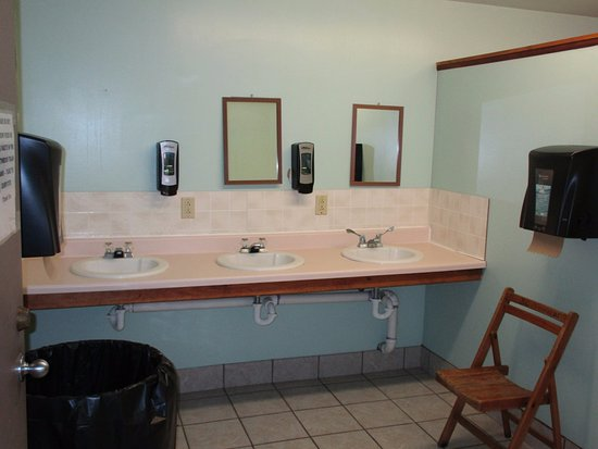 Southwoods RV Resort: communal sink area clean and bright