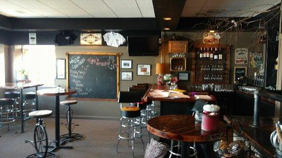 Cape Vincent, NY: The Coal Docks Restaurant and Bar