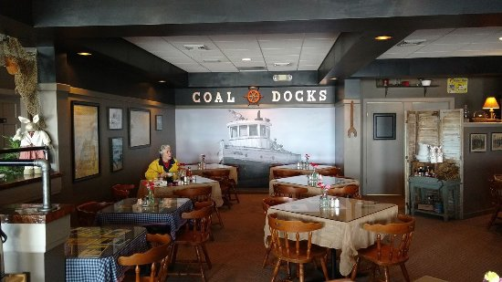 Cape Vincent, Estado de Nueva York: The Coal Docks Restaurant and Bar