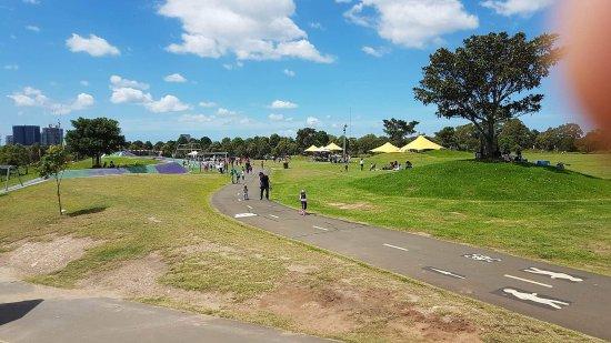 Homebush, Australie : received_10211259250770720_large.jpg