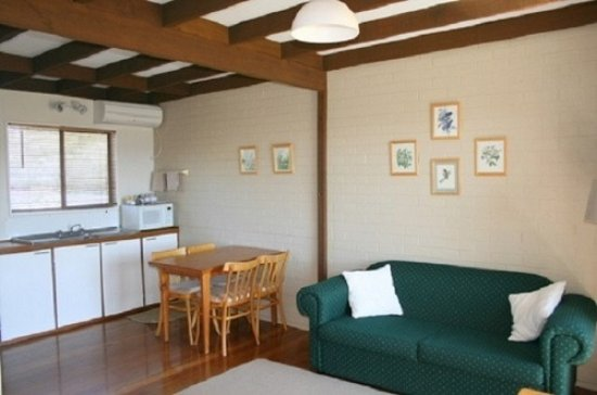 Candelo, Australia: Livingroom in one of the family units