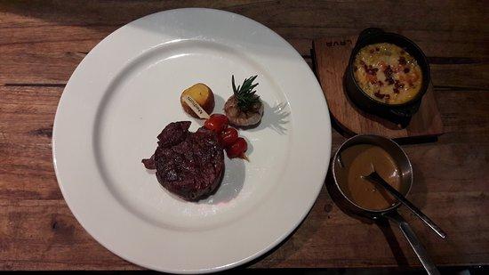 Moo Beef Steak 44 Dong khoi Photo