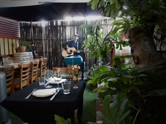 Brighton, Australia: Live Music