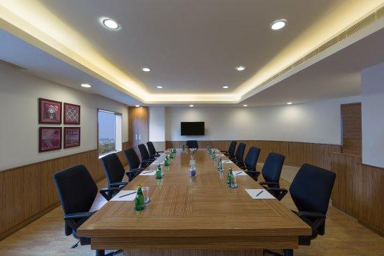 Four Points by Sheraton Vadodara: Board Room